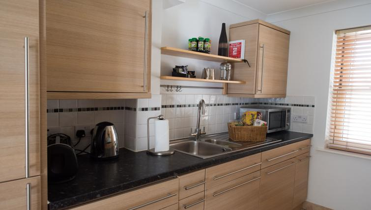 Modern kitchen at Nelson Court Apartments - Citybase Apartments