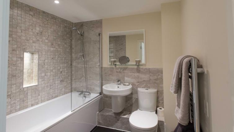 Bathroom at The Apex Apartment - Citybase Apartments