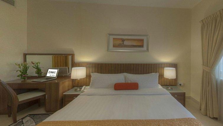 Large double bedroom at Al Barsha Aparthotel - Citybase Apartments