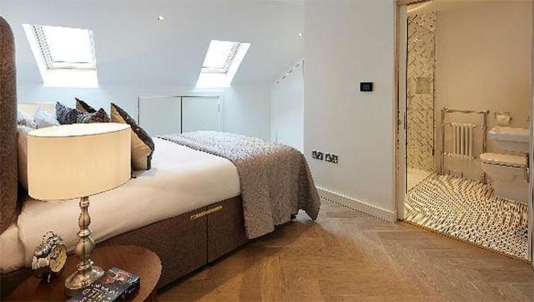 Bedroom at Oakwood Fitzrovia - Citybase Apartments