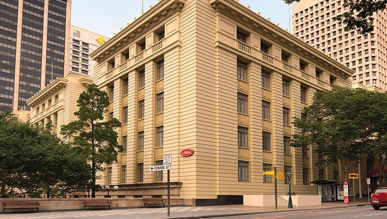 Exterior of Adina Apartment Hotel Brisbane Anzac Square - Citybase Apartments