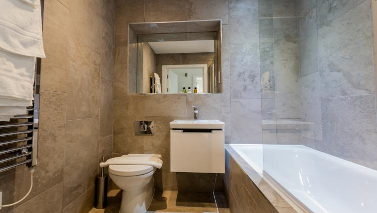 Full bathroom at Bury Fields House Apartments - Citybase Apartments