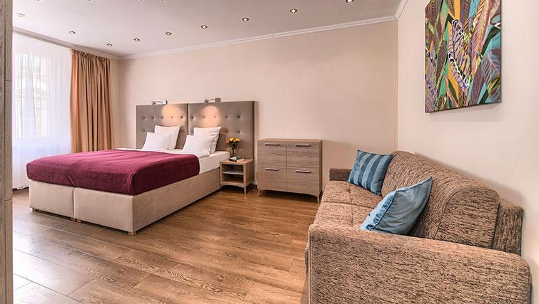 Double bedroom at Konvikt Apartment - Citybase Apartments