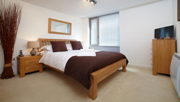 Bedroom at Richmond House Apartments - Citybase Apartments