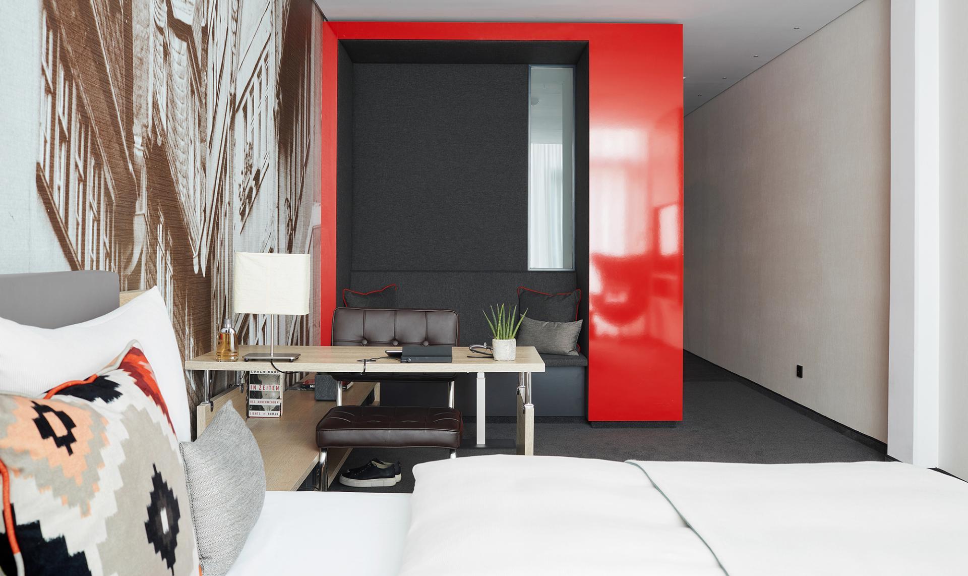 Living area at Living Hotel Frankfurt, Sachsenhausen, Frankfurt - Citybase Apartments