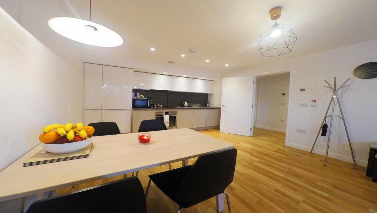 Dining table at West Side Apartments - Citybase Apartments