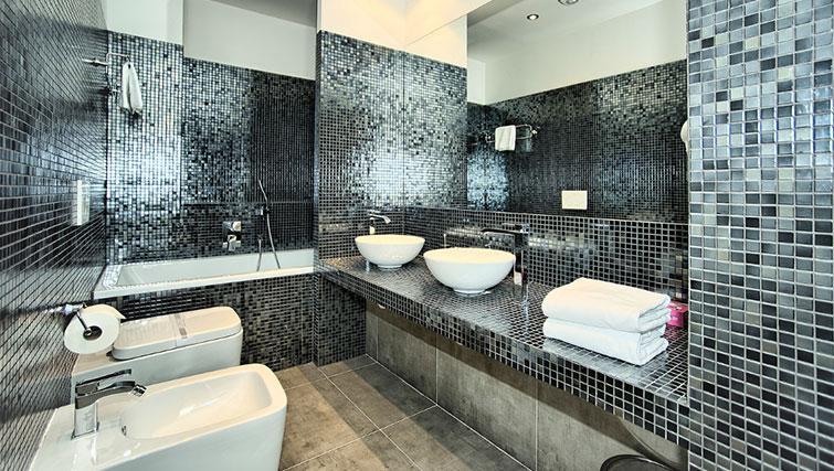 Main bathroom at Art Residence Krocinova - Citybase Apartments