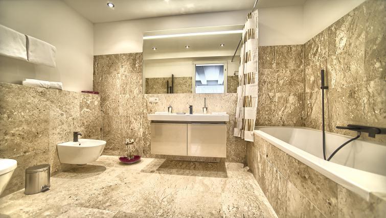Spacious bathroom at Art Residence Krocinova - Citybase Apartments