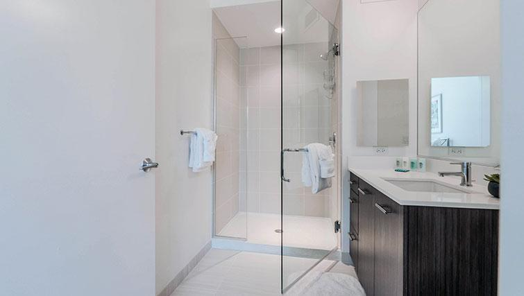 Bathroom at Marquee Apartments - Citybase Apartments