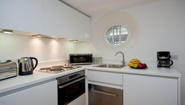 Kitchen at the Piccadilly Circus Apartments - Citybase Apartments
