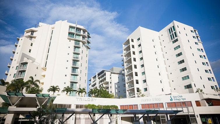 Exterior of Mantra Trilogy - Citybase Apartments