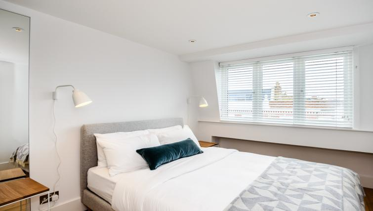 Bed at Native Fulham Apartments - Citybase Apartments