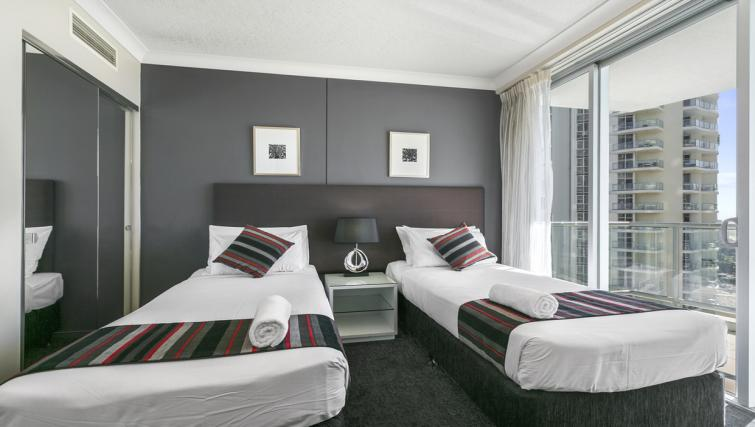 Twin beds at Mantra Towers of Shevron - Citybase Apartments
