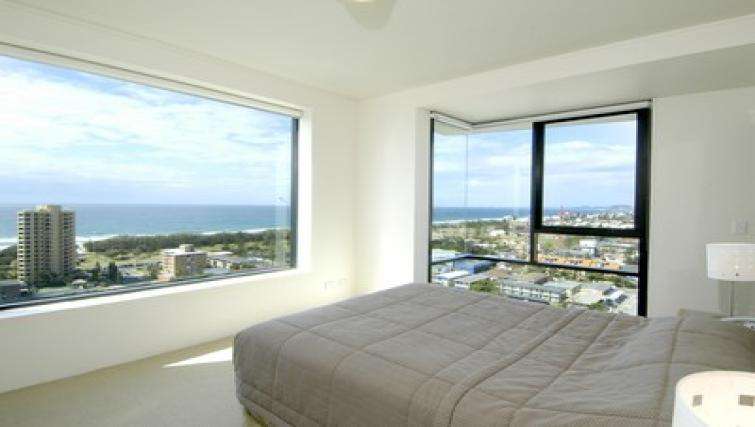 Gorgeous bedroom at Mantra Broadbeach on the Park - Citybase Apartments