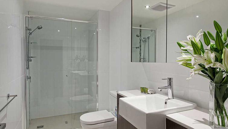 Bathroom at Mantra Midtown Brisbane Apartments - Citybase Apartments