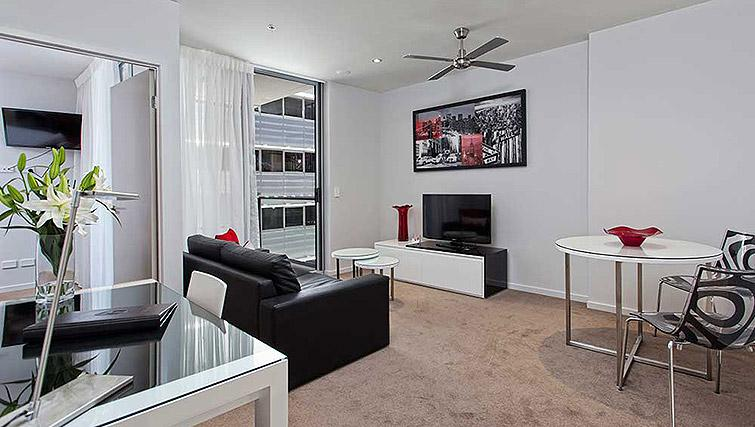 Living area at Mantra Midtown Brisbane Apartments - Citybase Apartments