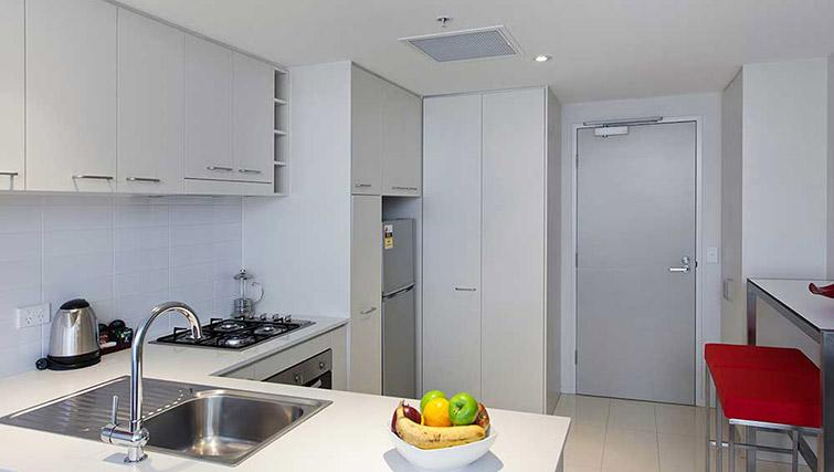 Fully equipped kitchen at Mantra Midtown Brisbane Apartments - Citybase Apartments