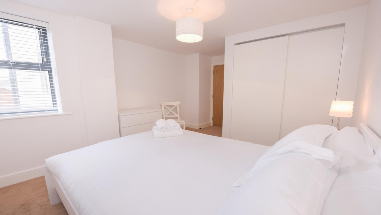 Bedroom at Oxford Heights Apartments - Citybase Apartments