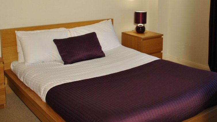 Intimate bedroom in West Tollcross Apartments - Citybase Apartments