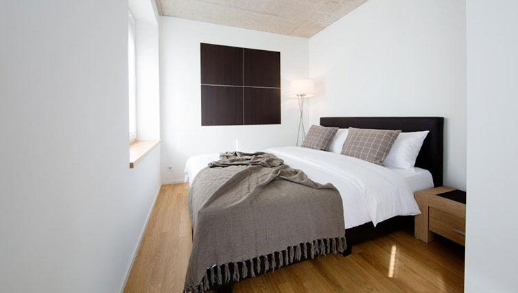 Double bedroom at Kanzleistrasse Apartments - Citybase Apartments