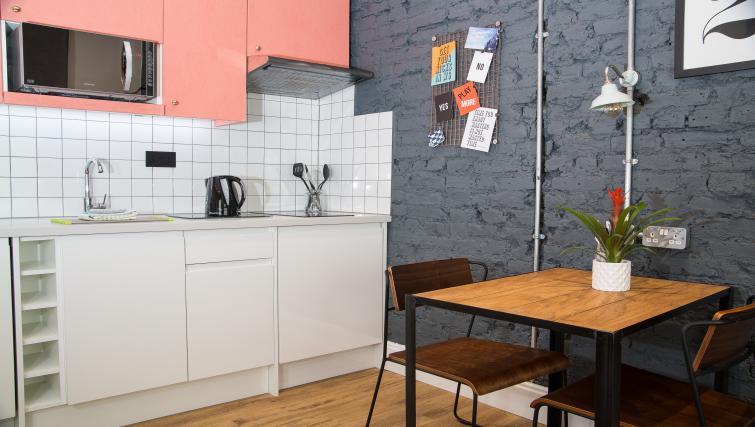 Kitchen at room2 Hammersmith Apartments - Citybase Apartments