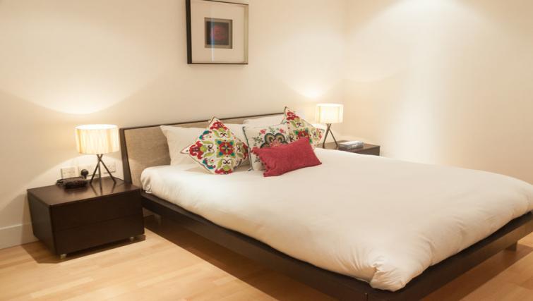 Bedroom at Clarendon Sir John Lyon House - Citybase Apartments