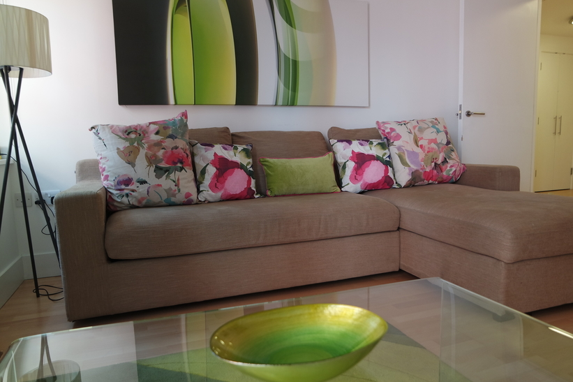 Sofa at Clarendon Sir John Lyon House - Citybase Apartments