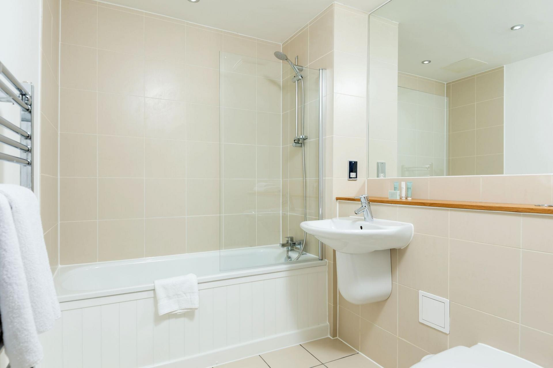 Bath at Native Waterloo Apartments, South Bank, London - Citybase Apartments
