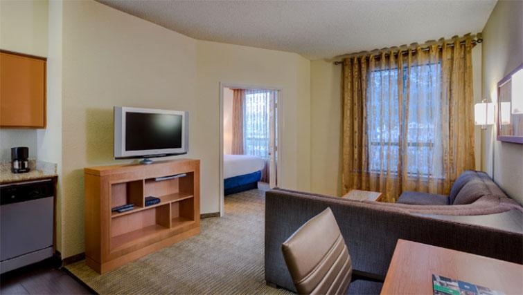 Living space at Hyatt House Boston-Burlington - Citybase Apartments