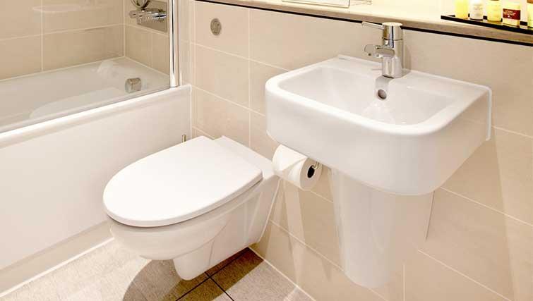 Bathroom at London City Apartments - Citybase Apartments