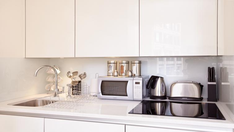 Kitchen top at London City Apartments - Citybase Apartments