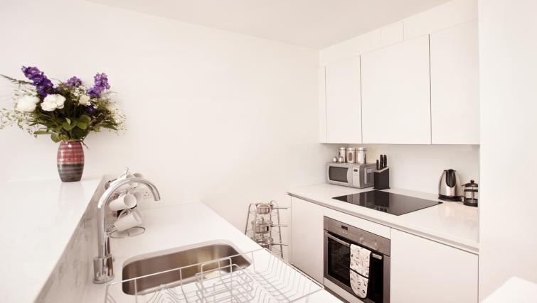 Kitchen at London City Apartments - Citybase Apartments