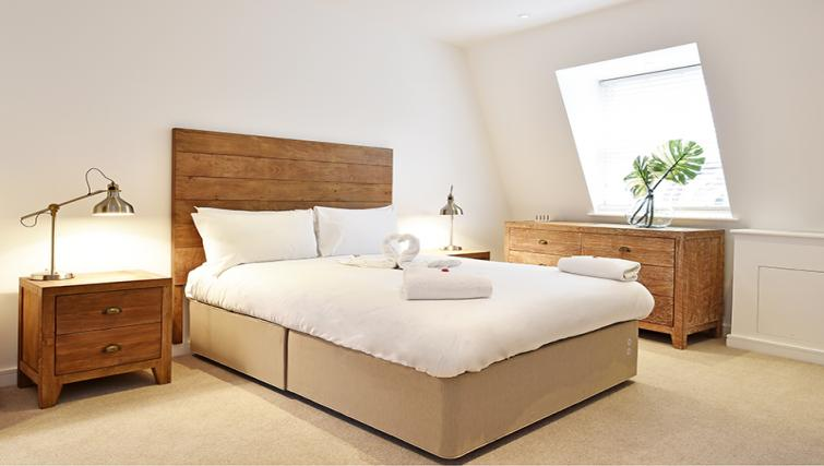 Master bedroom at Lovat Lane Monument Apartments - Citybase Apartments