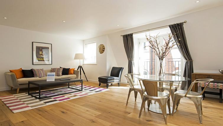 Living area at Lovat Lane Monument Apartments - Citybase Apartments