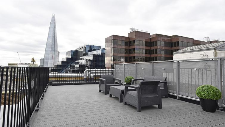 Roof terrace at Lovat Lane Monument Apartments - Citybase Apartments