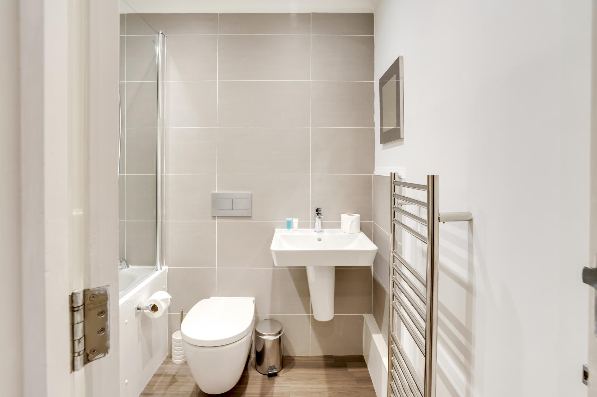Sink at London Victoria Apartments, Victoria, London - Citybase Apartments