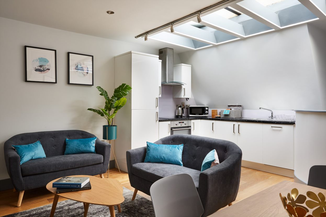 Lounge at Flying Butler Holborn Apartments, Holborn, London - Citybase Apartments