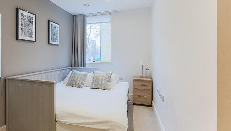 Cosy bedroom at Lambeth North by Q Apartments - Citybase Apartments