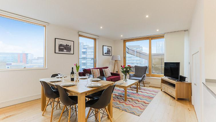 Open plan dining at Lambeth North by Q Apartments - Citybase Apartments