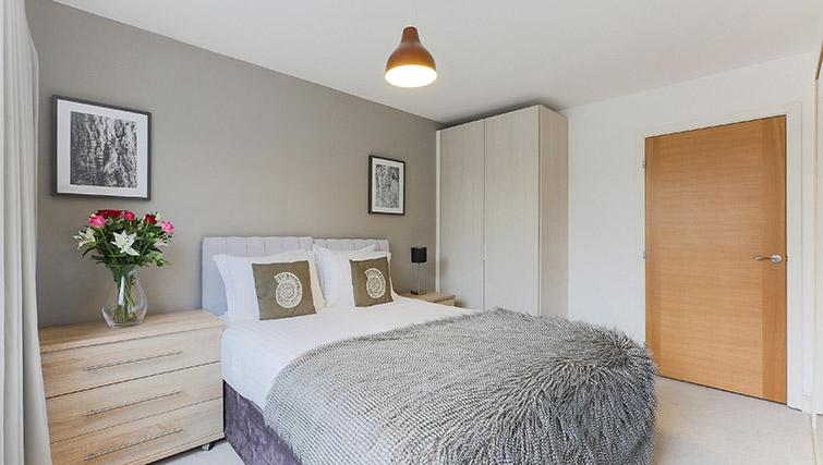 Double bedroom at Lambeth North by Q Apartments - Citybase Apartments