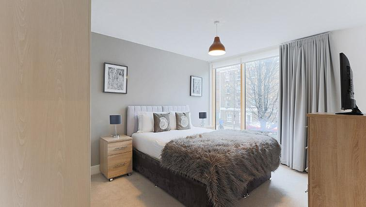 Bedroom at Lambeth North by Q Apartments - Citybase Apartments