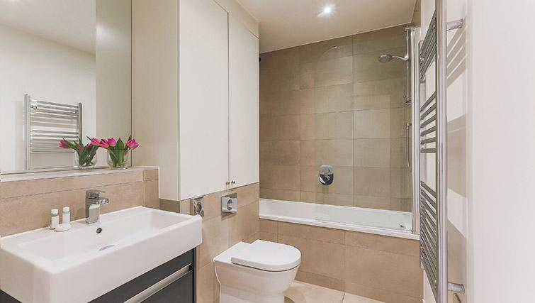 Bathroom at Lambeth North by Q Apartments - Citybase Apartments