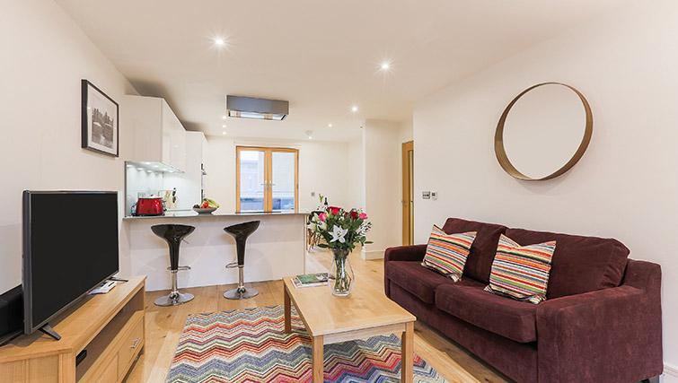 Living room at Lambeth North by Q Apartments - Citybase Apartments