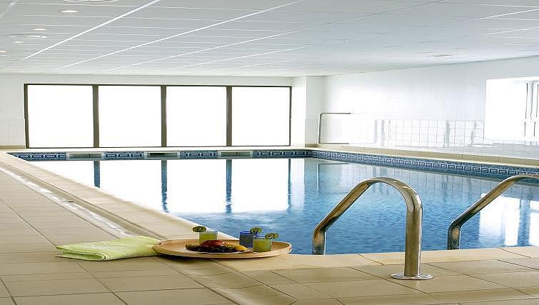 Pool at Adagio Access Paris Clamart - Citybase Apartments
