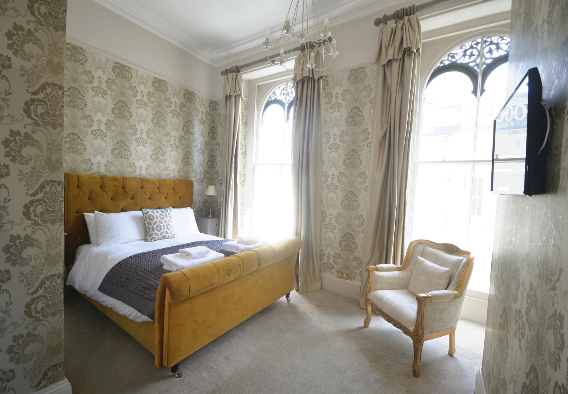 Bright bedroom at Elliot Terrace Apartments - Citybase Apartments