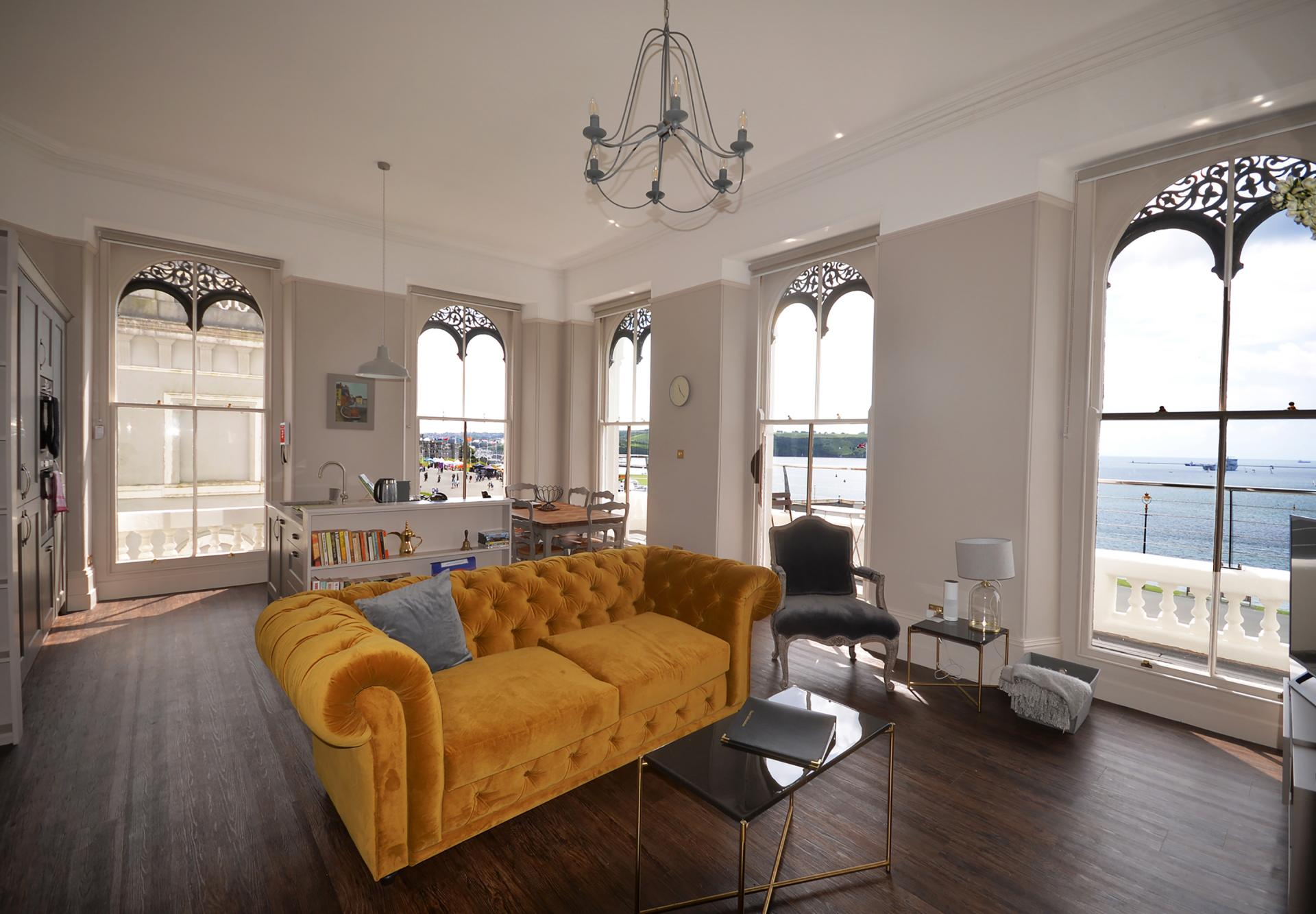 Yellow sofa at Elliot Terrace Apartments - Citybase Apartments