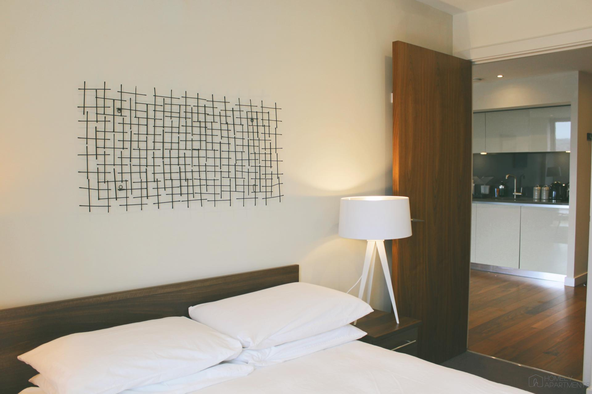 Double bed at St Paul's Apartments - Citybase Apartments