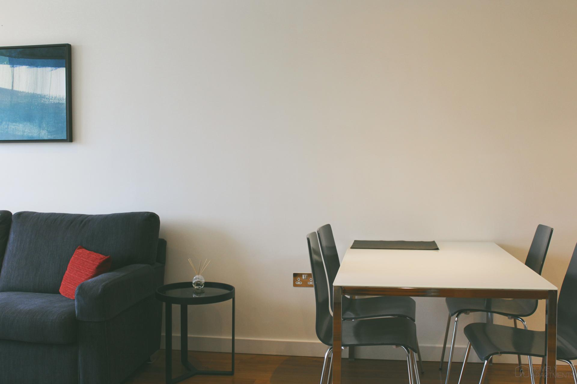 Dining table at St Paul's Apartments - Citybase Apartments