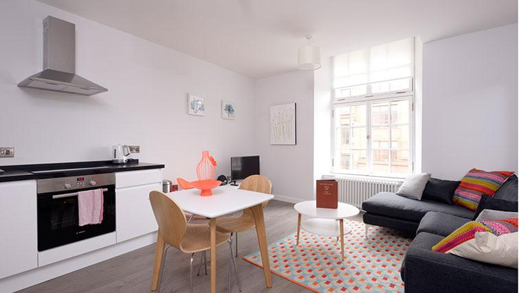 Bright living area at Glassford Residence - Citybase Apartments