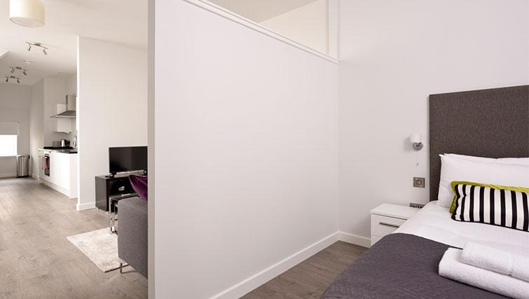 Studio room at Glassford Residence - Citybase Apartments
